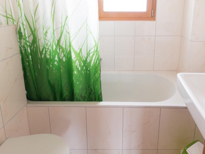 Chasa Spadla: Bad /WC im Parterre